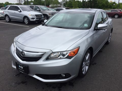Pre-Owned 2013 Acura ILX Tech Pkg Front Wheel Drive Sedan