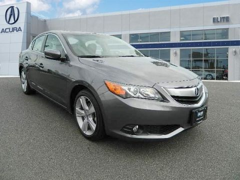 Certified Pre-Owned 2015 Acura ILX 5-Speed Automatic with Technology Package Sedan