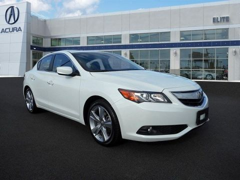 Certified Pre-Owned 2014 Acura ILX 5-Speed Automatic with Technology Package Front Wheel Drive Sedan