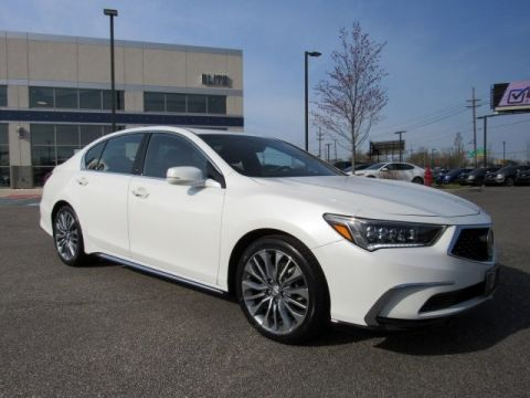 Certified Pre-Owned 2018 Acura RLX with Technology Package Sedan